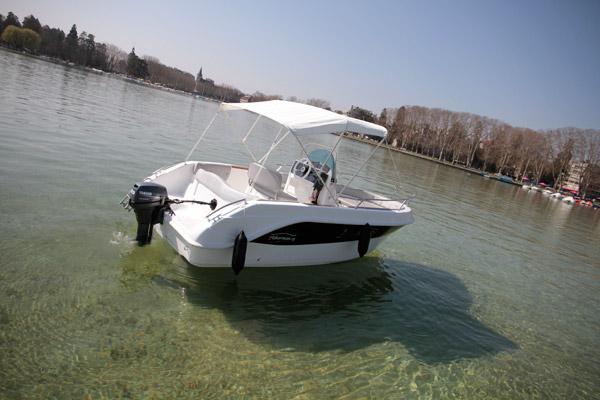 bateau 9.9